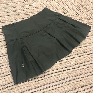 Lululemon tennis / running skirt